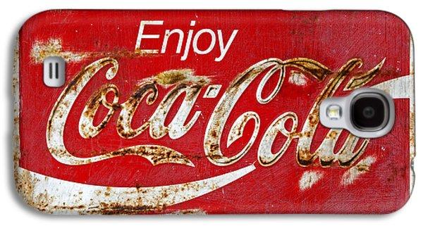 Coca Cola Vintage Rusty Sign Black Border Galaxy S4 Case by John Stephens