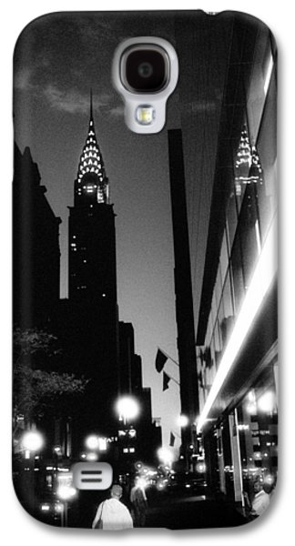 Galaxy S4 Case featuring the photograph 42nd-street-dawn by Dave Beckerman