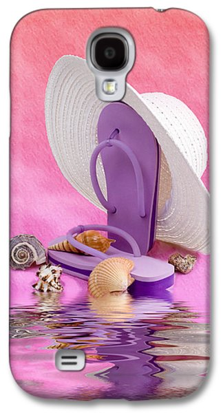 A Day At The Beach Still Life Galaxy S4 Case by Tom Mc Nemar
