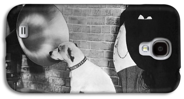 A Dog Listens To Gramaphone Galaxy S4 Case