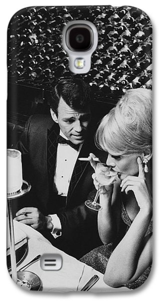 A Glamorous 1960s Couple Dining Galaxy S4 Case by Horn & Griner