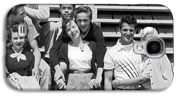 A Group Of 1950s Teens Galaxy S4 Case