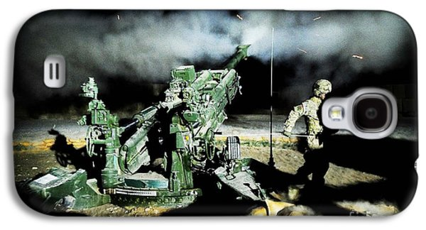 A United States Gun Crew Fire Illumination Rounds At Forward Operating Base Hadrian Galaxy S4 Case by Paul Fearn