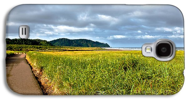A View From Discovery Trail Galaxy S4 Case by Robert Bales