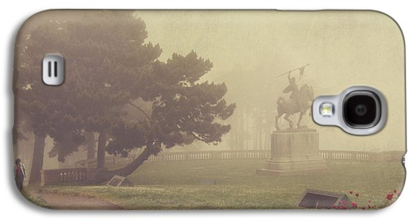 Garden Galaxy S4 Case - A Walk In The Fog by Laurie Search
