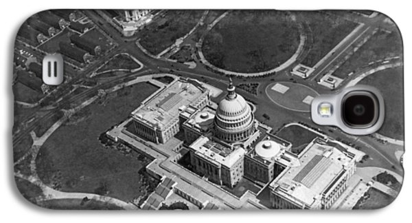 Capitol Building Galaxy S4 Case - Aerial View Of U.s. Capitol by Underwood Archives