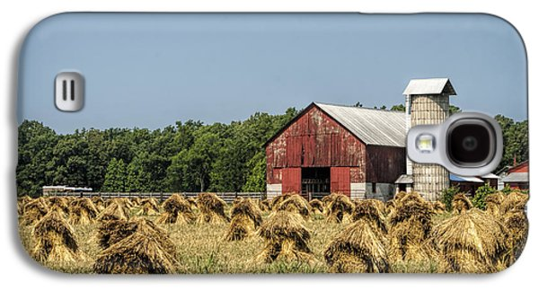 Amish Country Wheat Stacks And Barn Galaxy S4 Case