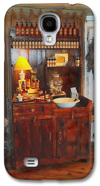 Antiques And Fragrances Galaxy S4 Case by Glenn McCarthy Art and Photography