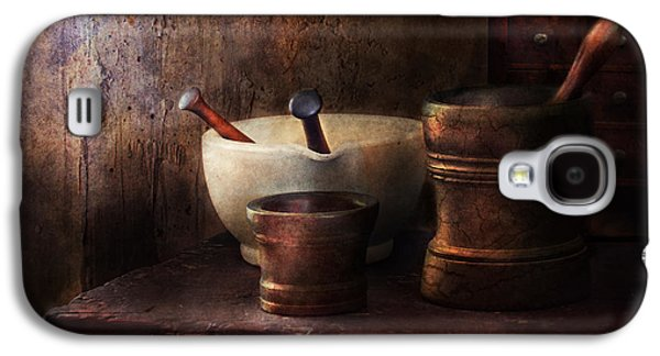 Apothecary - Pick A Pestle  Galaxy S4 Case by Mike Savad