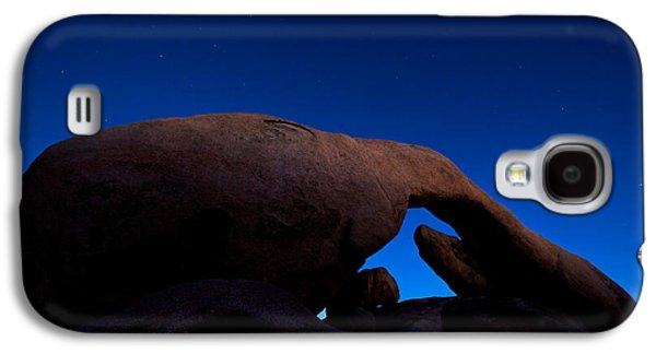 Arch Rock Starry Night Galaxy S4 Case by Stephen Stookey
