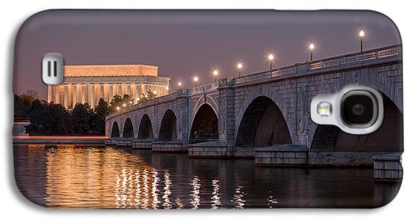 Lincoln Memorial Galaxy S4 Case - Arlington Memorial Bridge by Eduard Moldoveanu
