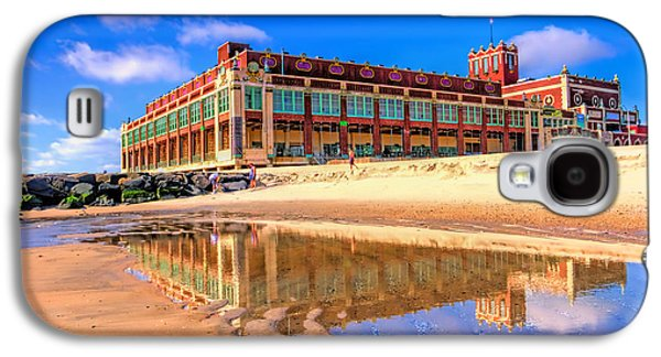 Asbury Park Reflection Galaxy S4 Case by Geraldine Scull