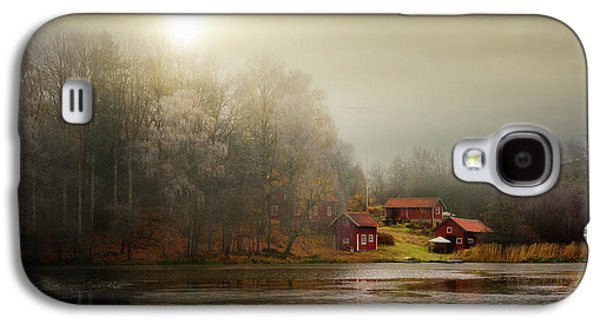 Autumn Sheds Galaxy S4 Case