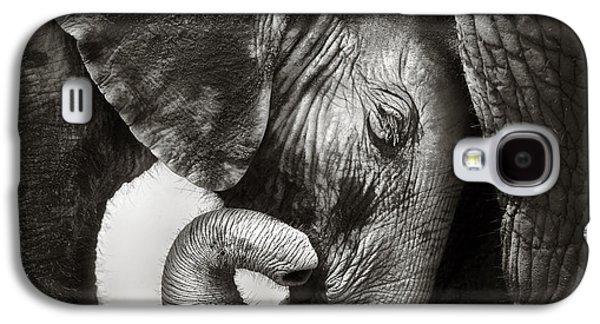 Baby Elephant Seeking Comfort Galaxy S4 Case by Johan Swanepoel