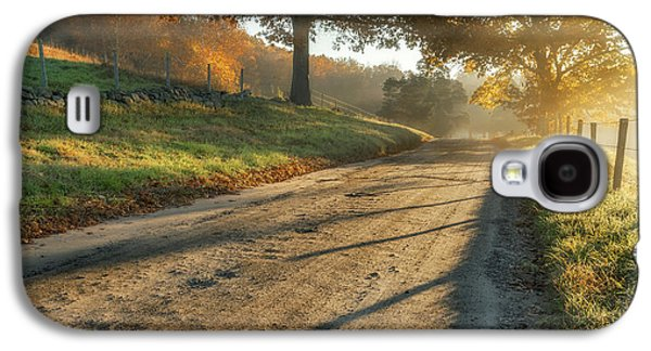 Back Road Morning Galaxy S4 Case by Bill Wakeley