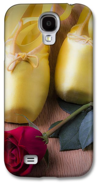 Ballet Shoes With Red Rose Galaxy S4 Case by Garry Gay