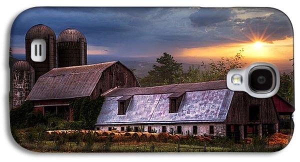 Barns At Sunset Galaxy S4 Case