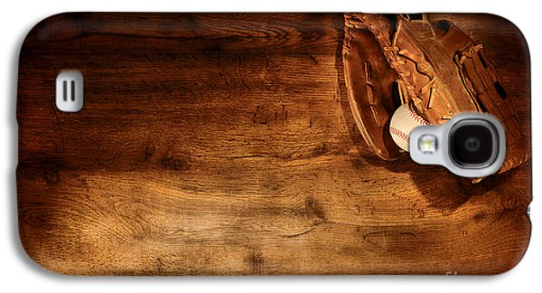 Baseball Galaxy S4 Case by Olivier Le Queinec
