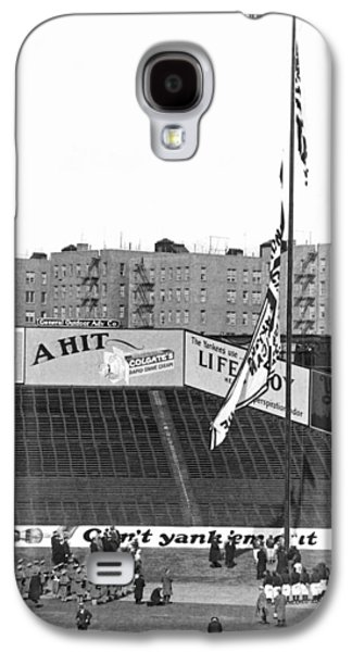 Baseball Opening Day In Ny Galaxy S4 Case by Underwood Archives
