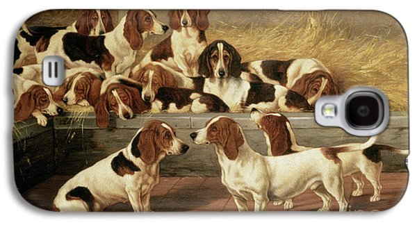 Basset Hounds In A Kennel Galaxy S4 Case by VT Garland