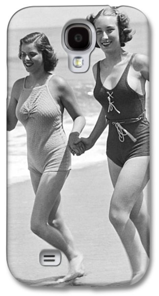 Beach Jogging Pals Galaxy S4 Case by Underwood Archives