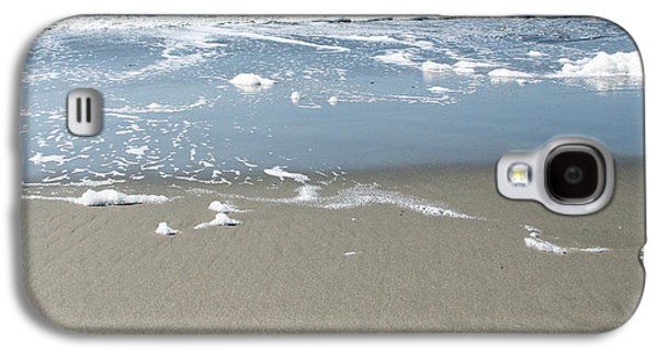 Beach Love Galaxy S4 Case by Linda Woods