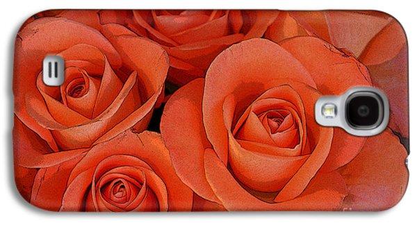 Beautiful Peach Roses 2 Galaxy S4 Case by Carol Lynch