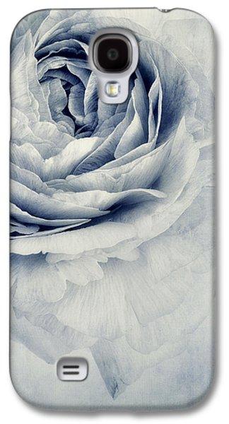 Beauty In Blue Galaxy S4 Case by Priska Wettstein