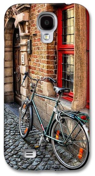 Bicycle In Bruges Galaxy S4 Case by Carol Japp