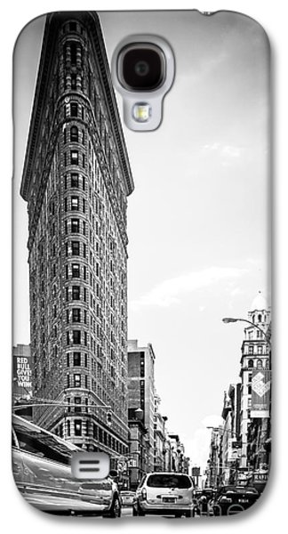 Big In The Big Apple - Bw Galaxy S4 Case by Hannes Cmarits