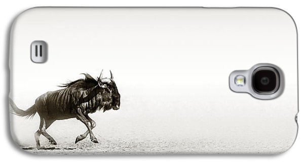 Blue Wildebeest In Desert Galaxy S4 Case by Johan Swanepoel