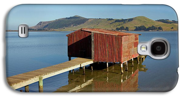 Boat Shed, Hoopers Inlet, Otago Galaxy S4 Case by David Wall