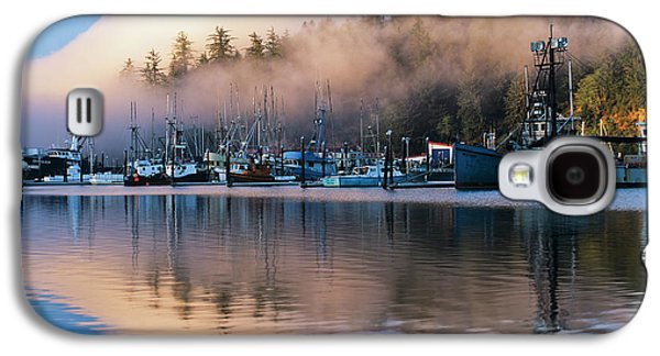 Boats Dock At Winchester Bay  Oregon Galaxy S4 Case by Robert L. Potts