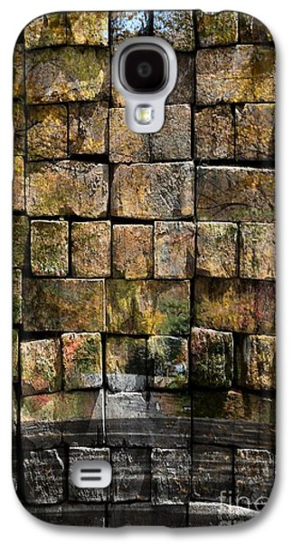Brick Wall Of Fall Galaxy S4 Case by Kathleen Struckle