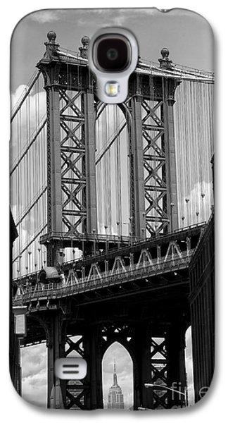 Manhattan Bridge Nyc Galaxy S4 Case by Peter Dang