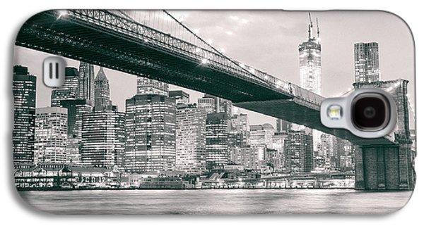Brooklyn Bridge And New York City Skyline At Night Galaxy S4 Case