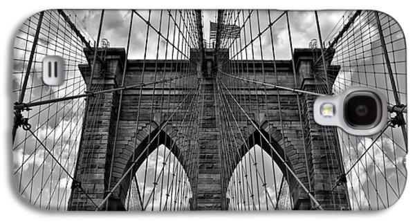 Brooklyn Bridge Galaxy S4 Case by Peter Dang