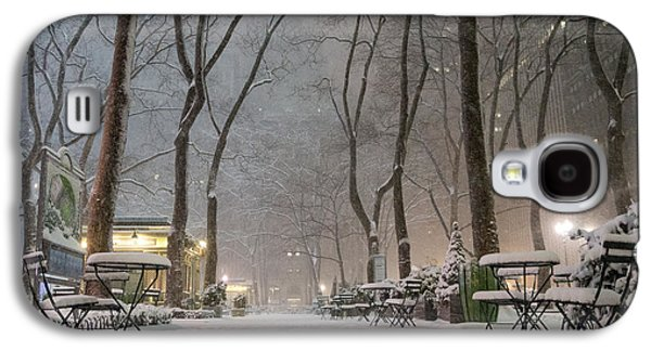 Bryant Park - Winter Snow Wonderland - Galaxy S4 Case
