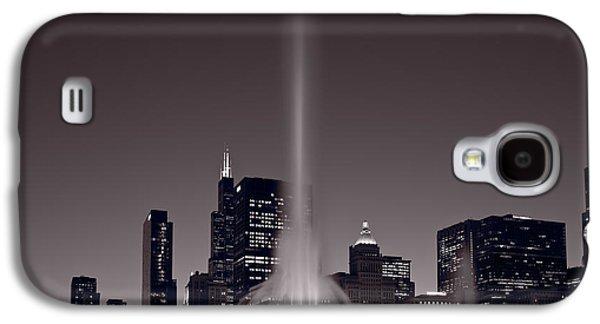 Buckingham Fountain Nightlight Chicago Bw Galaxy S4 Case by Steve Gadomski