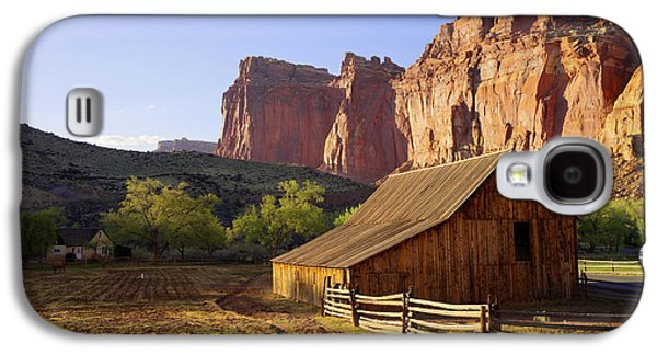 Capitol Barn Galaxy S4 Case by Chad Dutson