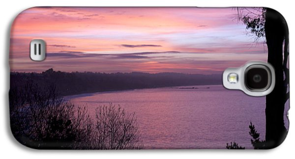 Galaxy S4 Case featuring the photograph Capitola Bluffs by Lora Lee Chapman