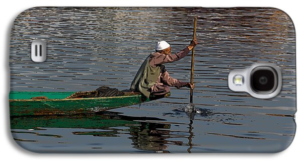 Cartoon - Man Plying A Wooden Boat On The Dal Lake Galaxy S4 Case