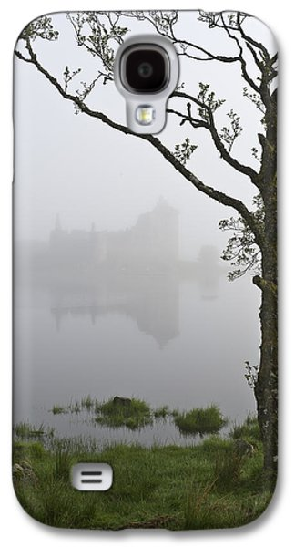Castle Kilchurn Tree Galaxy S4 Case