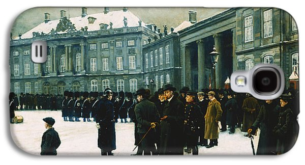 Changing Of The Guard At Amalienborg Palace Galaxy S4 Case by Paul Fischer