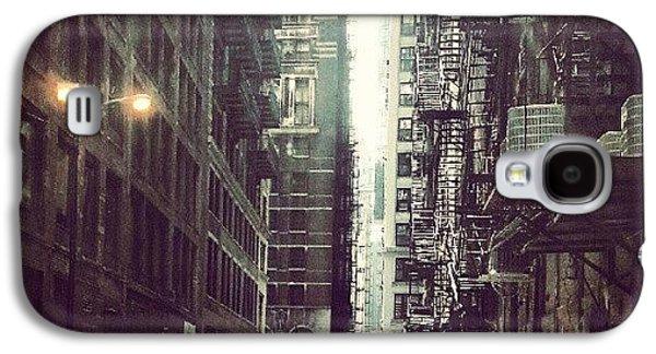City Galaxy S4 Case - Chicago Alleyway by Jill Tuinier