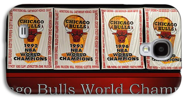 Chicago Bulls World Champions Banners Galaxy S4 Case