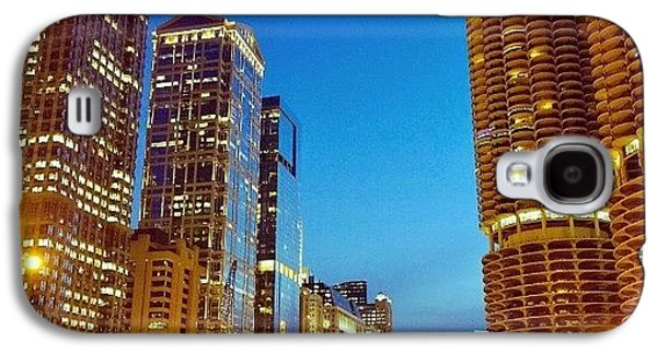City Galaxy S4 Case - Chicago River Buildings At Night Taken by Paul Velgos