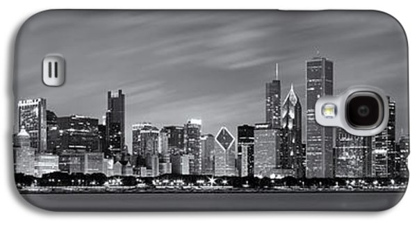 Lake Michigan Galaxy S4 Case - Chicago Skyline At Night Black And White Panoramic by Adam Romanowicz