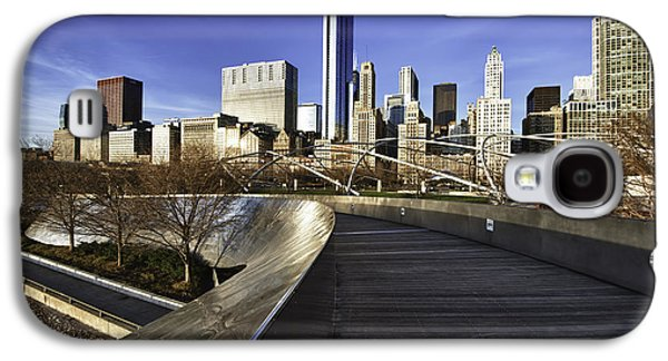 Chicago Skyline At Sunrise Galaxy S4 Case by Sebastian Musial