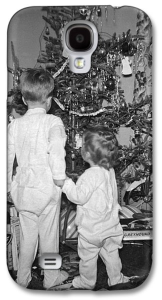 Children Check Christmas Tree Galaxy S4 Case by Underwood Archives